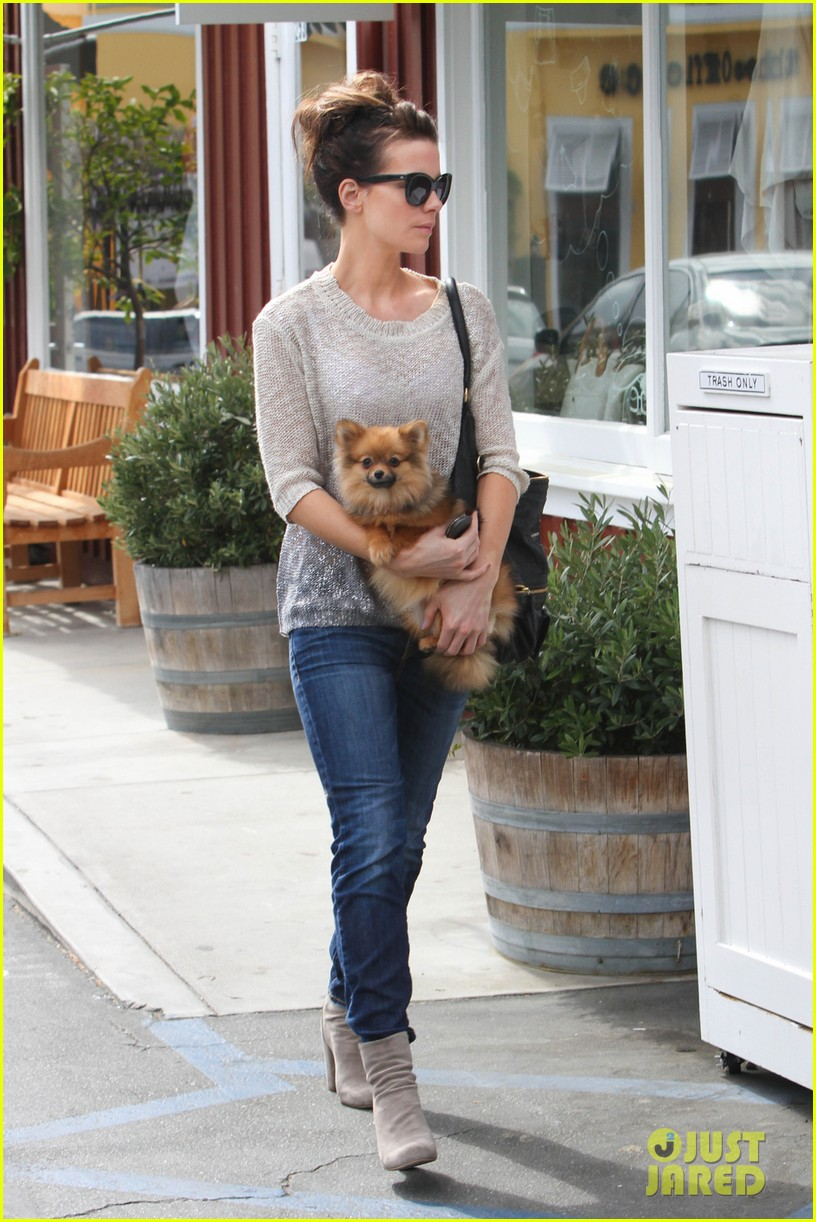 kate beckinsale brentwood country mart beauty 052846790
