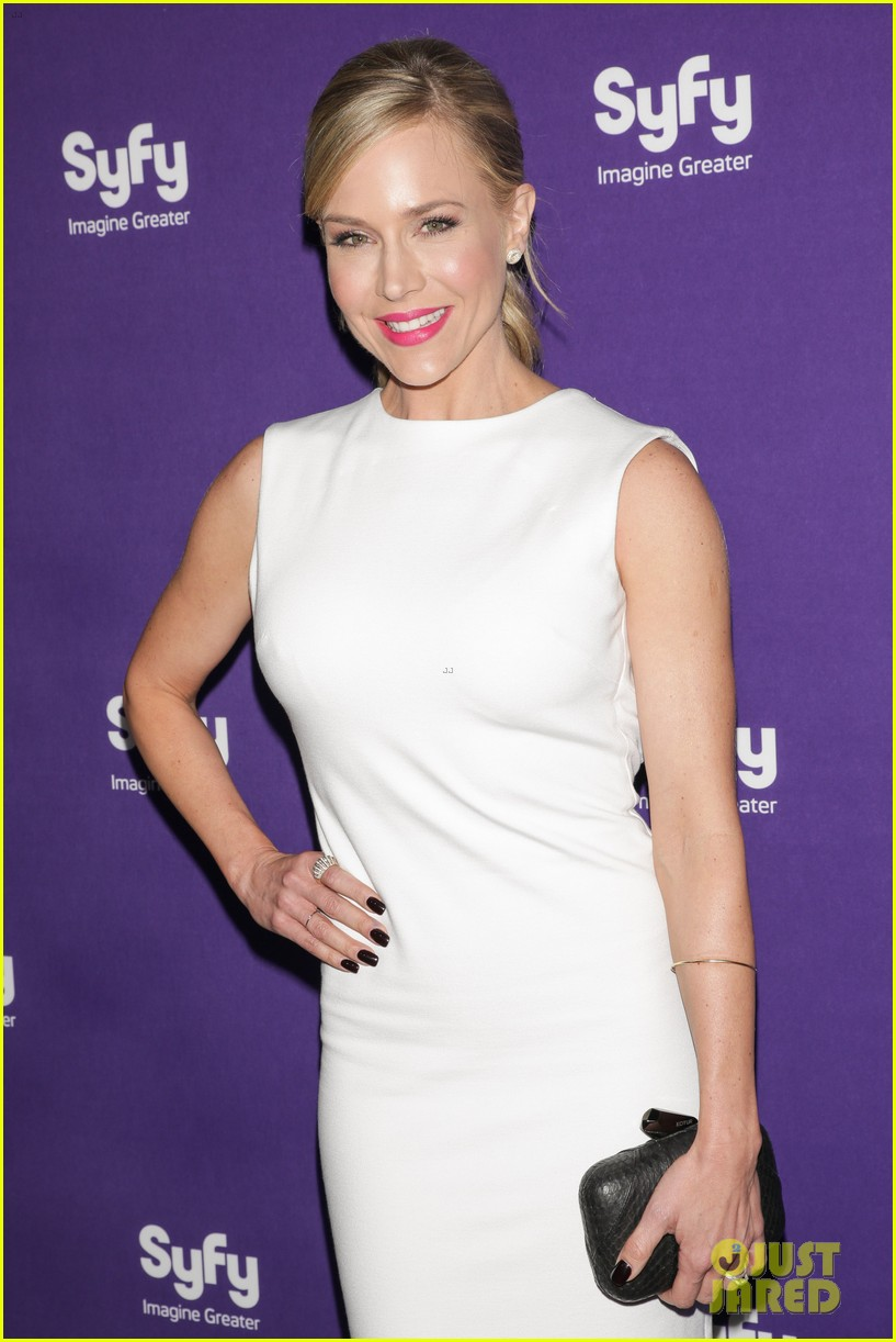 julie benz sam witwer syfy upfronts 2013 212847299