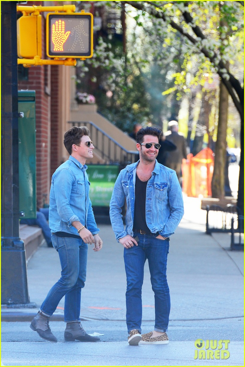 nate berkus jeremiah brent kiss kiss in new york 10