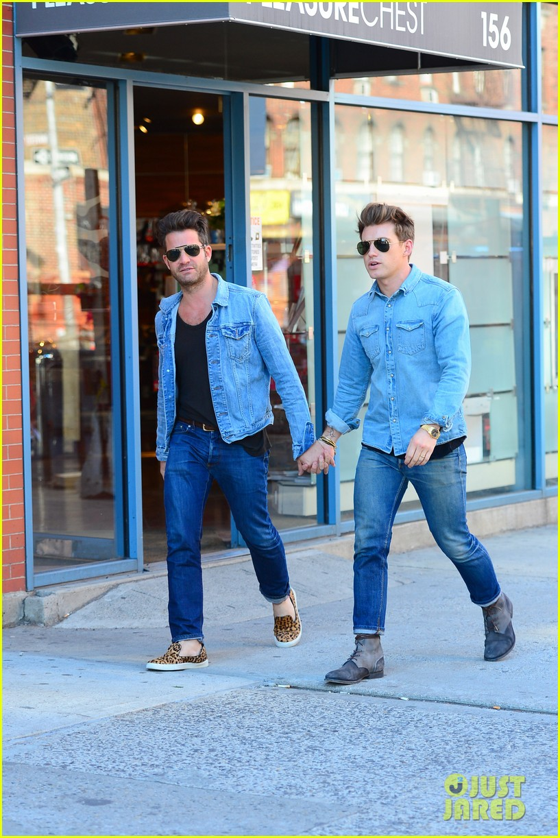 nate berkus jeremiah brent kiss kiss in new york 152852335