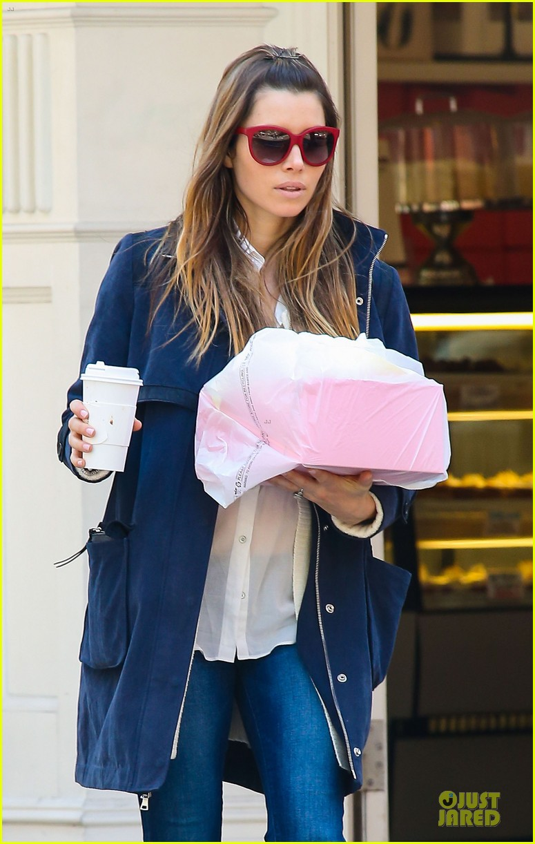 jessica biel its okay to have a margarita now 02
