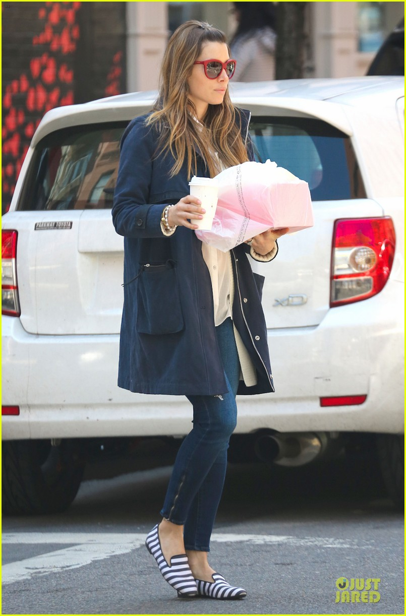 jessica biel its okay to have a margarita now 082859191