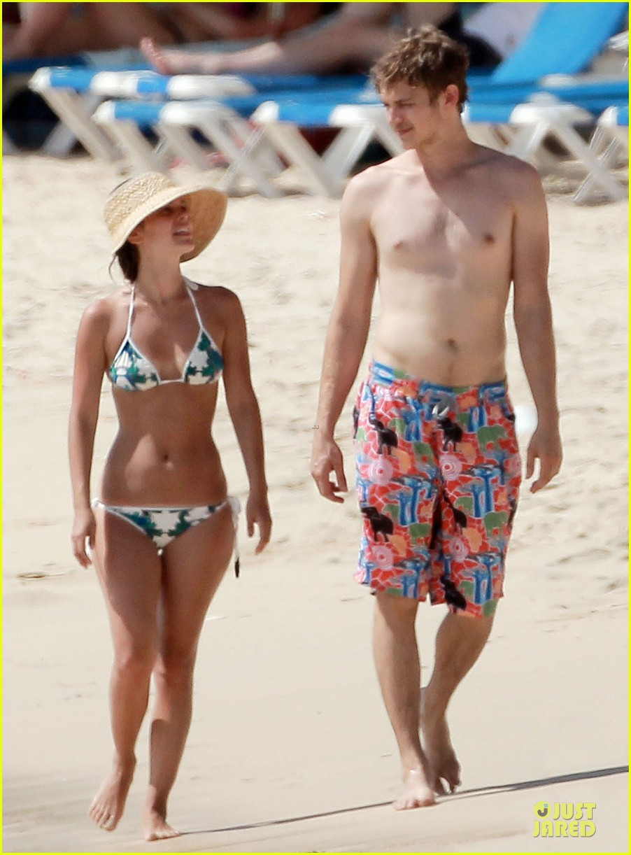 rachel bilson bikini barbados babe with shirtless hayden christensen 012851090