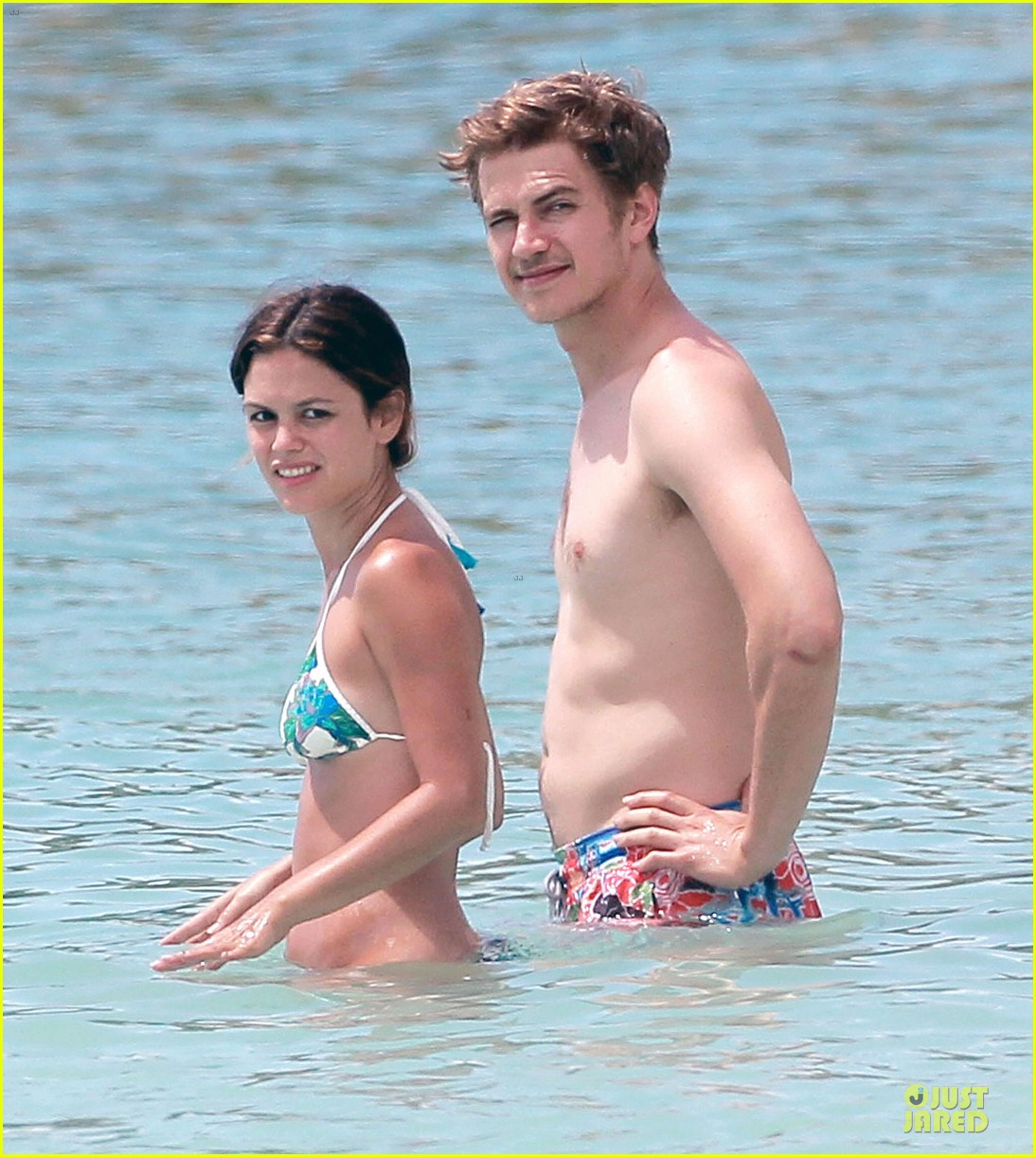 rachel bilson bikini barbados babe with shirtless hayden christensen 022851091