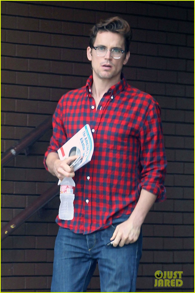 matt bomer cookbook reader at chipotle 012857459