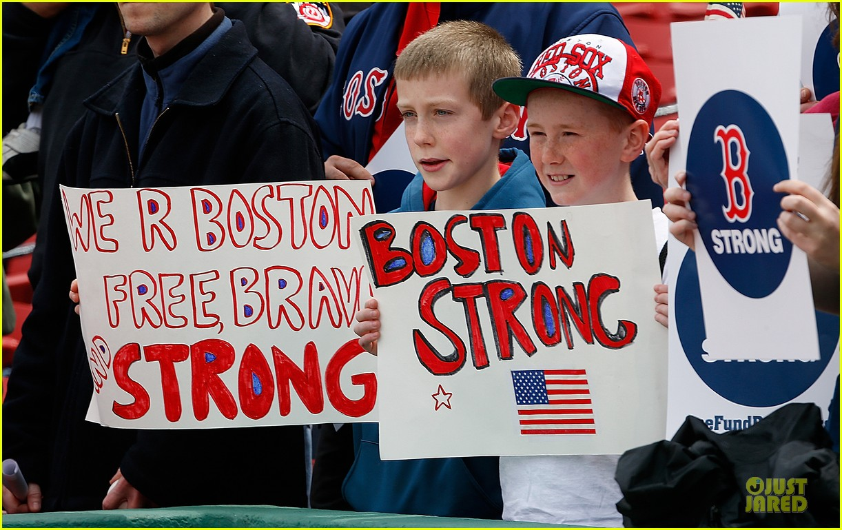 boston red sox pay tribute to bombing victims 052854200