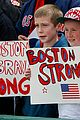 boston red sox pay tribute to bombing victims 05