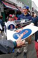 boston red sox pay tribute to bombing victims 07