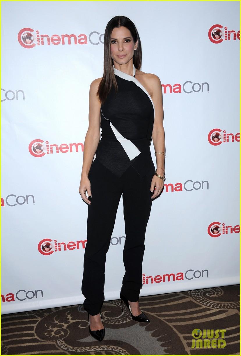 sandra bullock melissa mccarthy the heat at cinemacon 042852741
