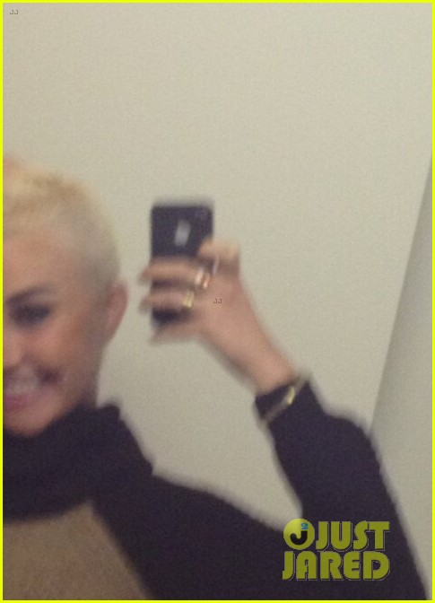 amanda bynes shaves half her head see new haircut 01