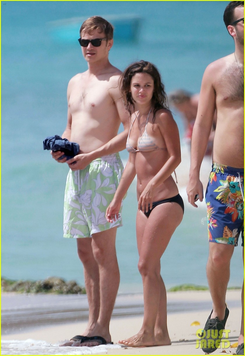 hayden christensen shirtless beach time with rachel bilson 032851524