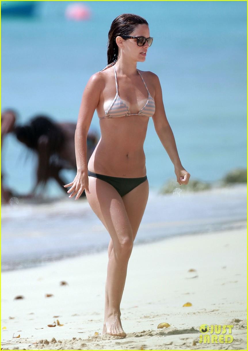hayden christensen shirtless beach time with rachel bilson 102851531