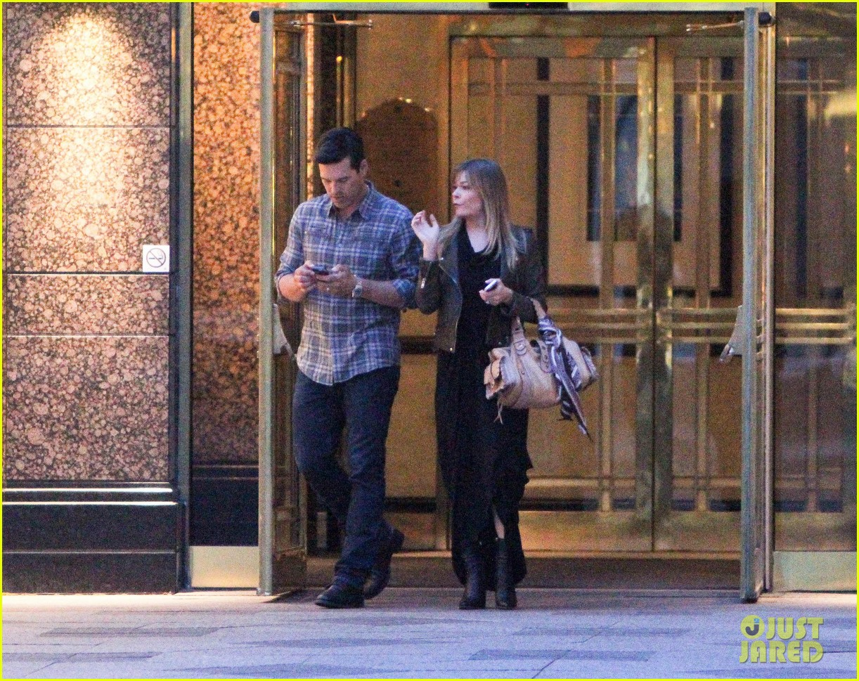 eddie cibrian leann rimes second wedding anniversary celebration 062856414