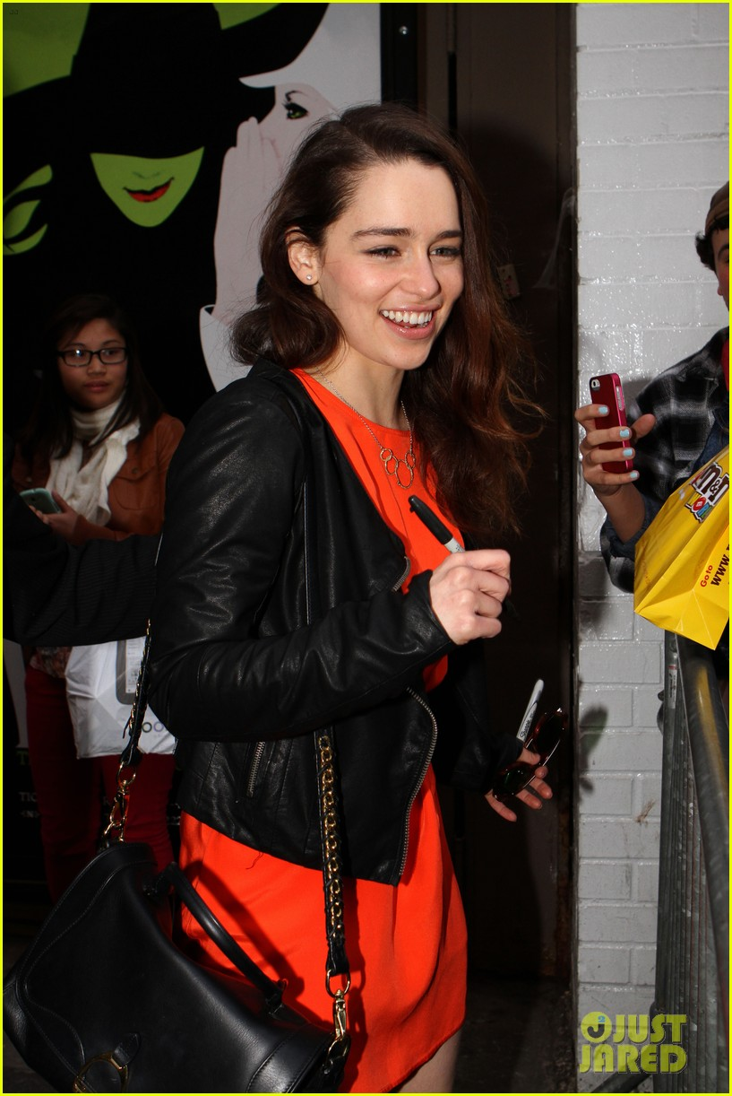 emilia clarke breakfast at tiffanys weekend shows 062850770