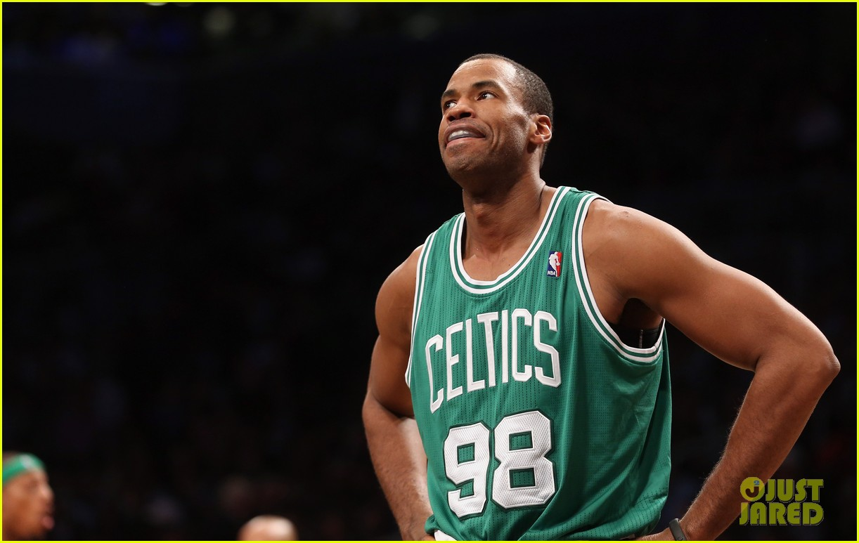 nba player jason collins comes out as gay man 042860515