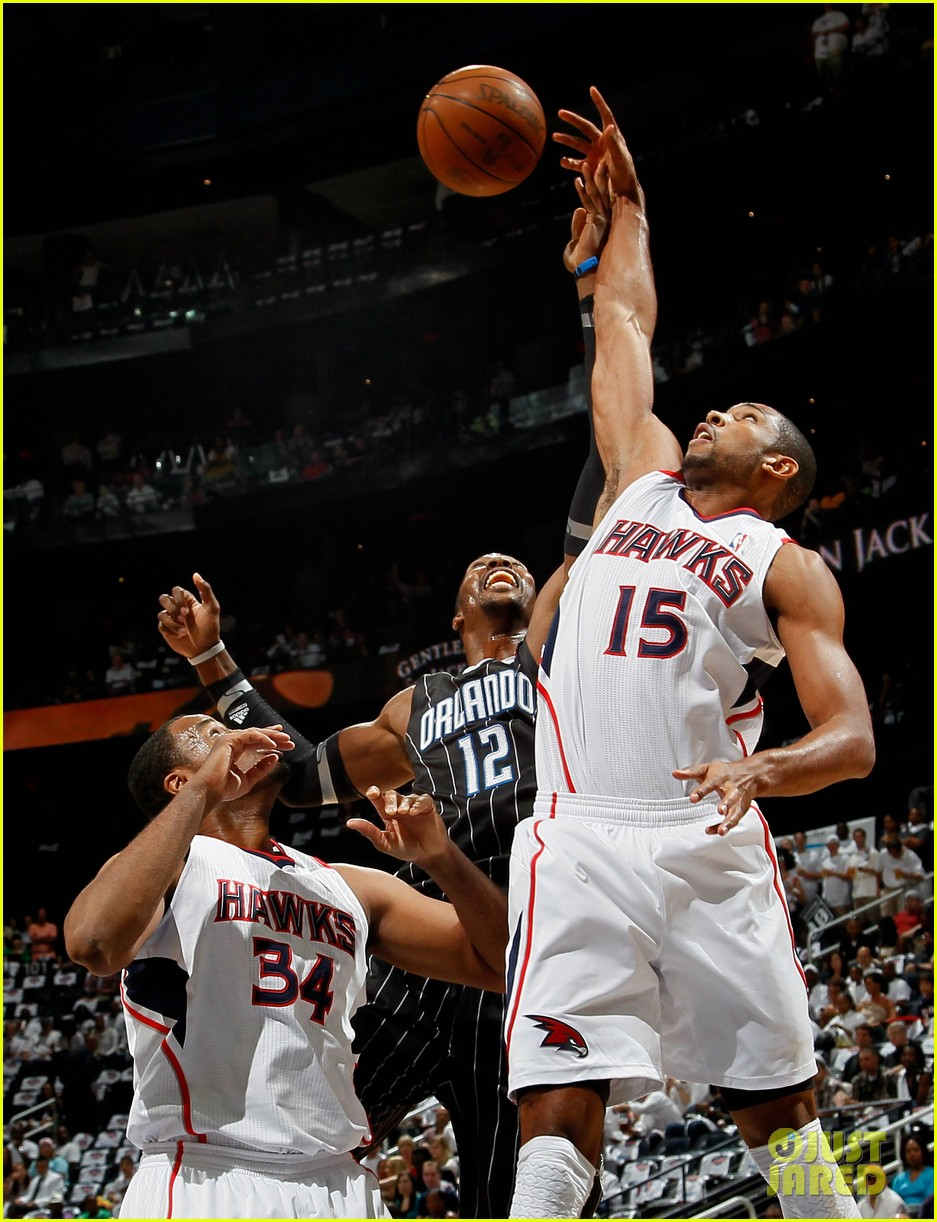 nba player jason collins comes out as gay man 06
