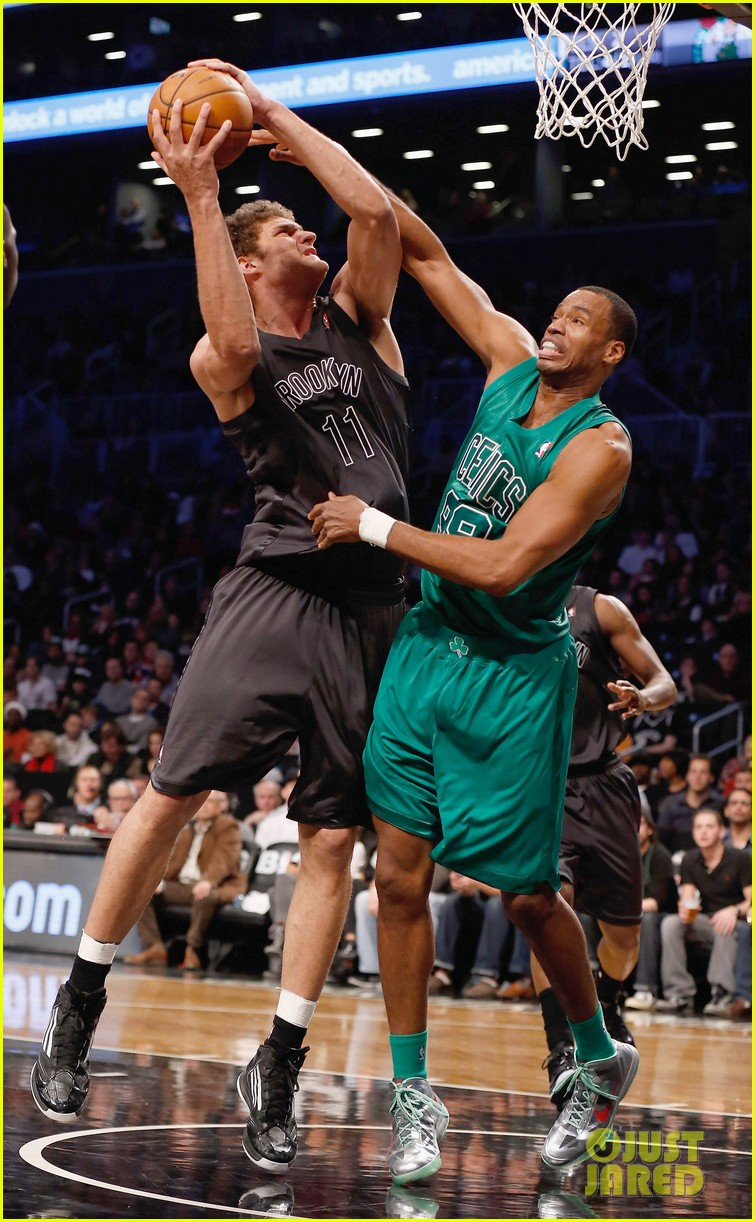 nba player jason collins comes out as gay man 172860528