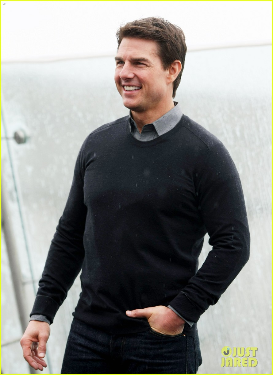 tom cruise olga kurylenko oblivion moscow photo call 122841464