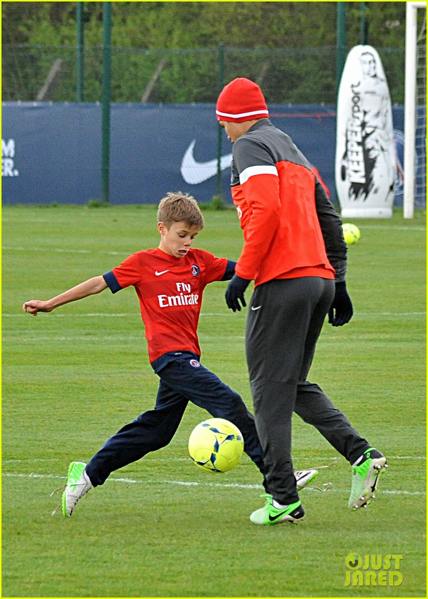 david beckham soccer camp with his sons 122853810