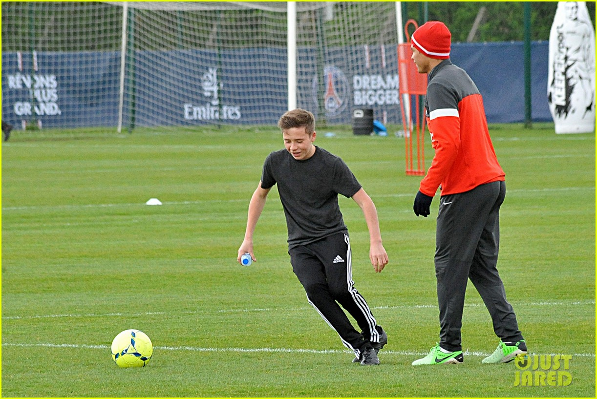david beckham soccer camp with his sons 282853826