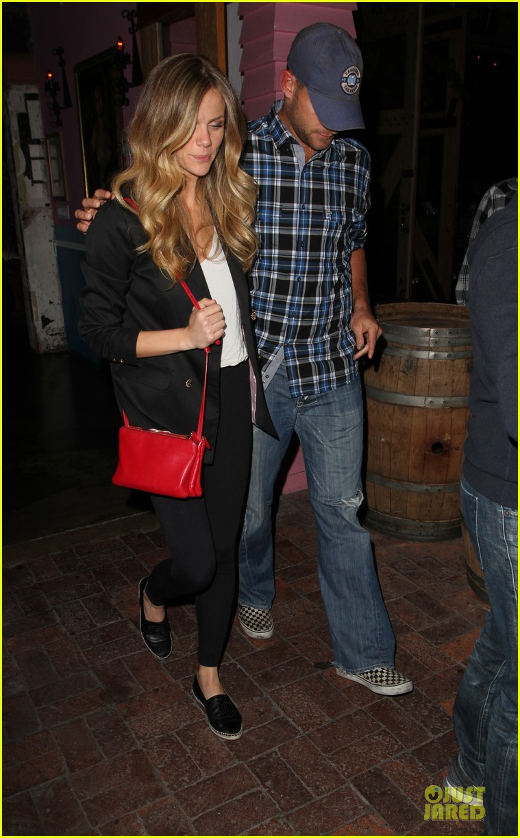 brooklyn decker andy roddick friends with better lives dinner 182844274