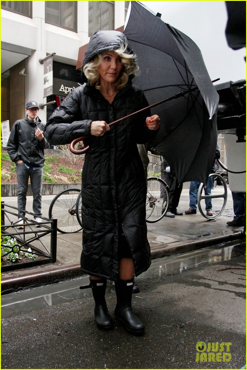 cameron diaz rainy other woman set with leslie mann 012861322