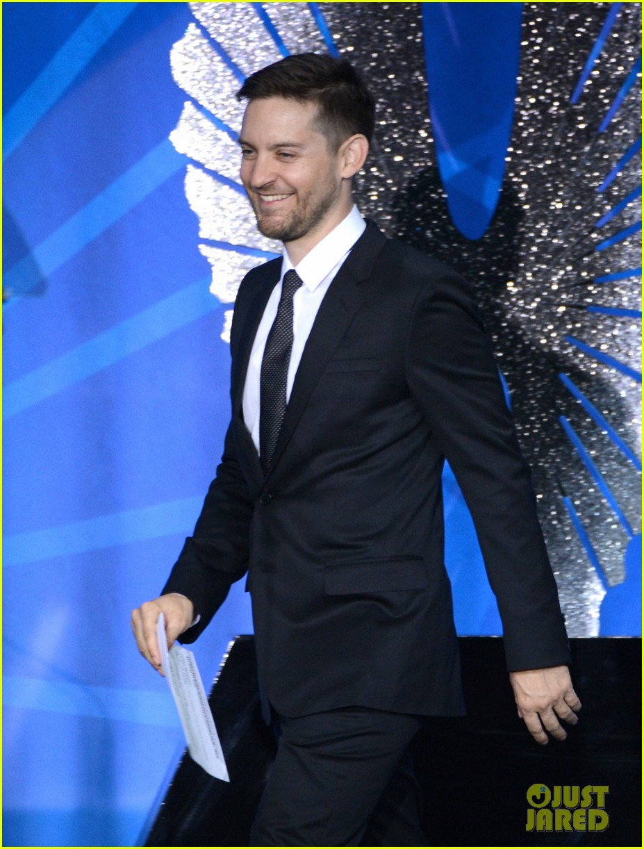leonardo dicaprio tobey maguire glaad media awards 2013 122854508