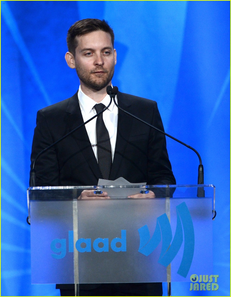 leonardo dicaprio tobey maguire glaad media awards 2013 132854509
