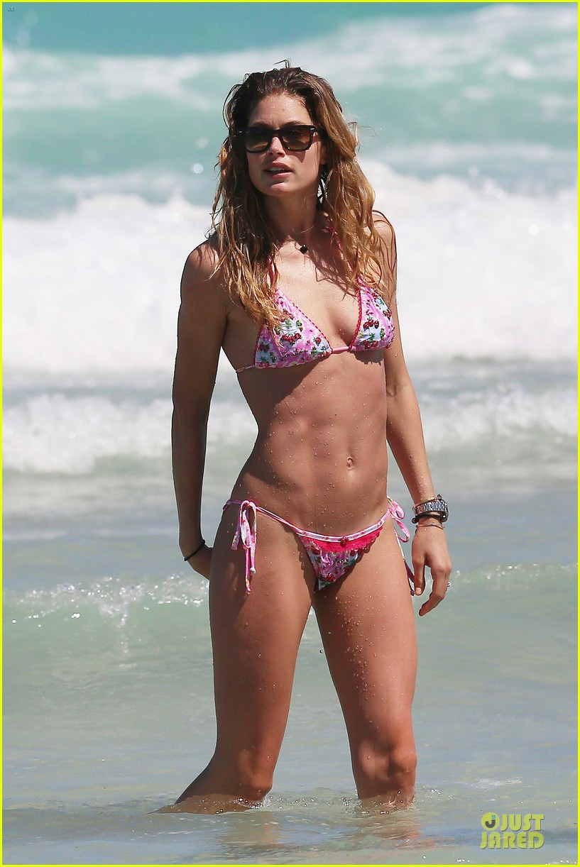 doutzen kroes bikini photo shoot with sunnery james 082860939