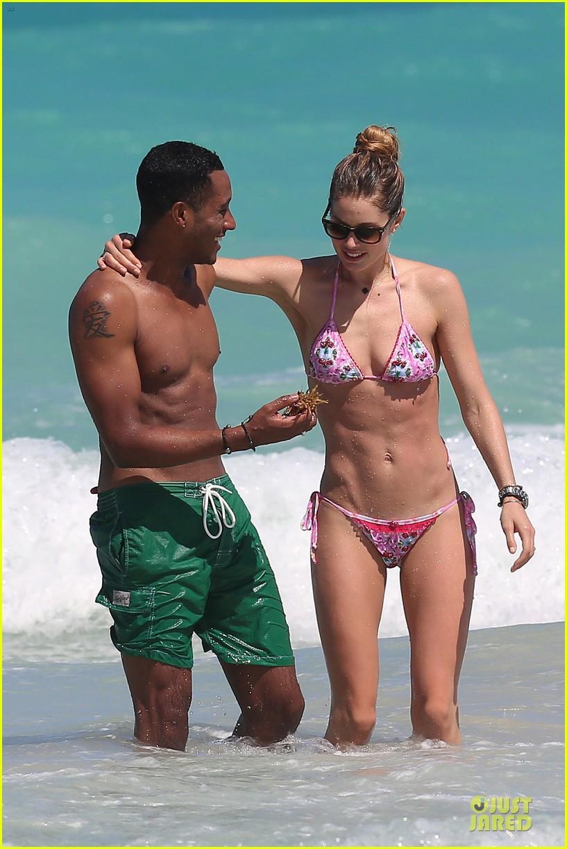 doutzen kroes bikini photo shoot with sunnery james 142860945