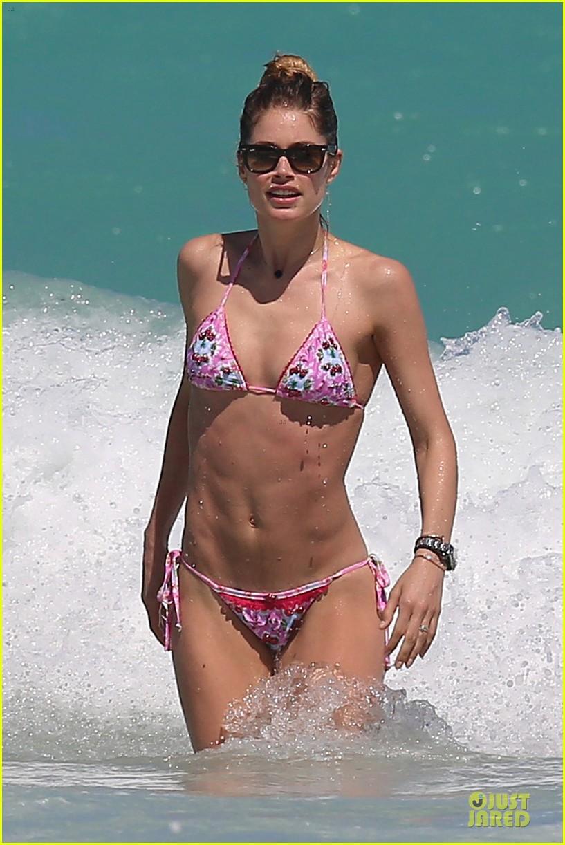 doutzen kroes bikini photo shoot with sunnery james 172860948