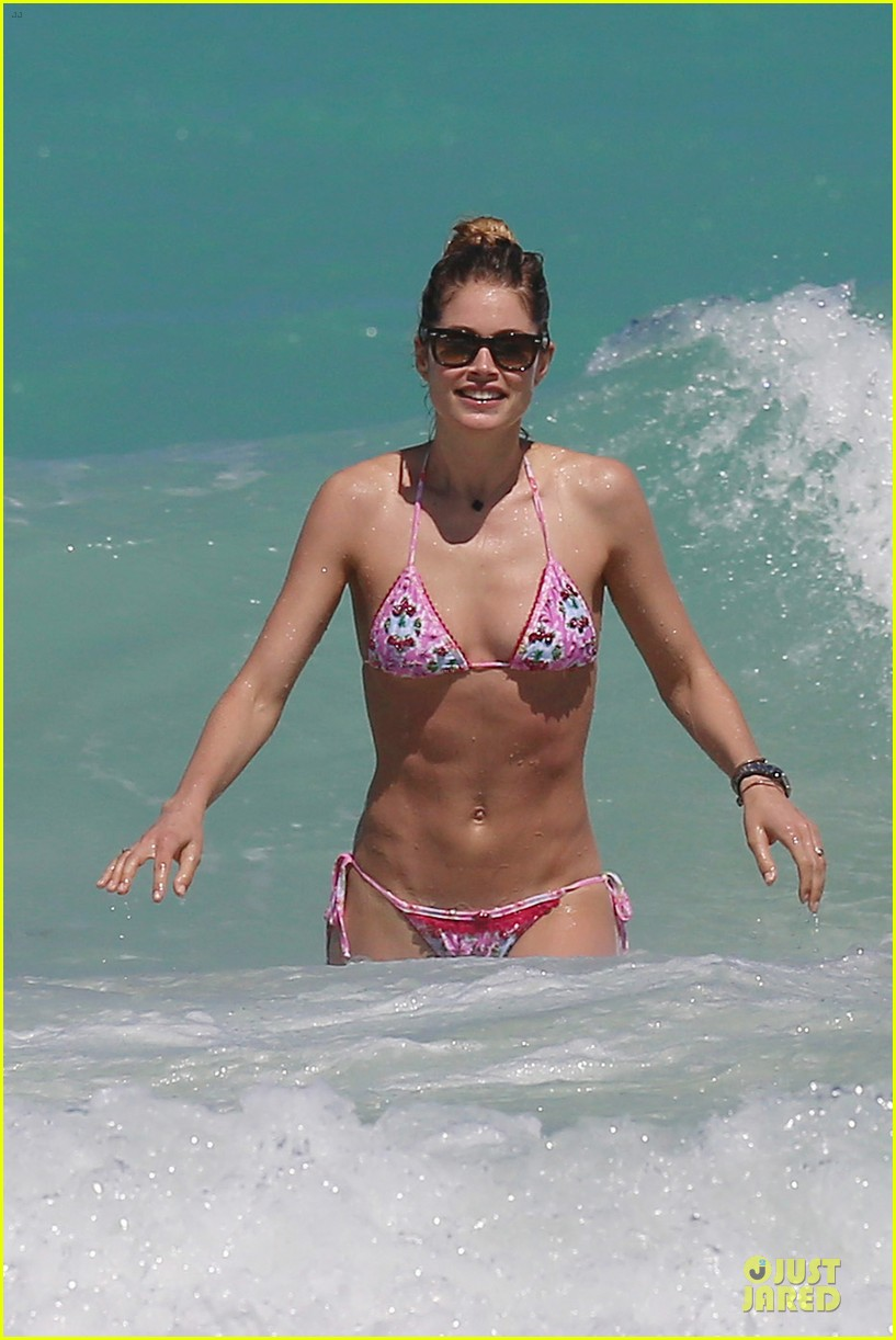 doutzen kroes bikini photo shoot with sunnery james 242860955