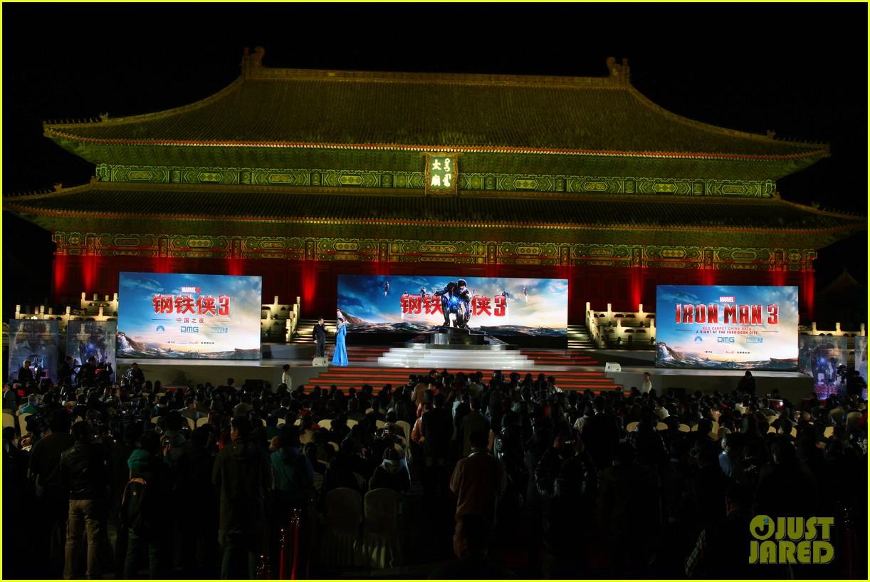 robert downey jr iron man 3 beijing premiere 062845554