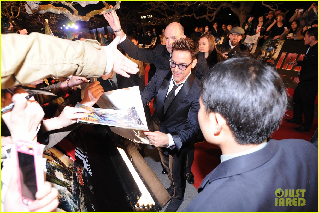 robert downey jr iron man 3 beijing premiere 13
