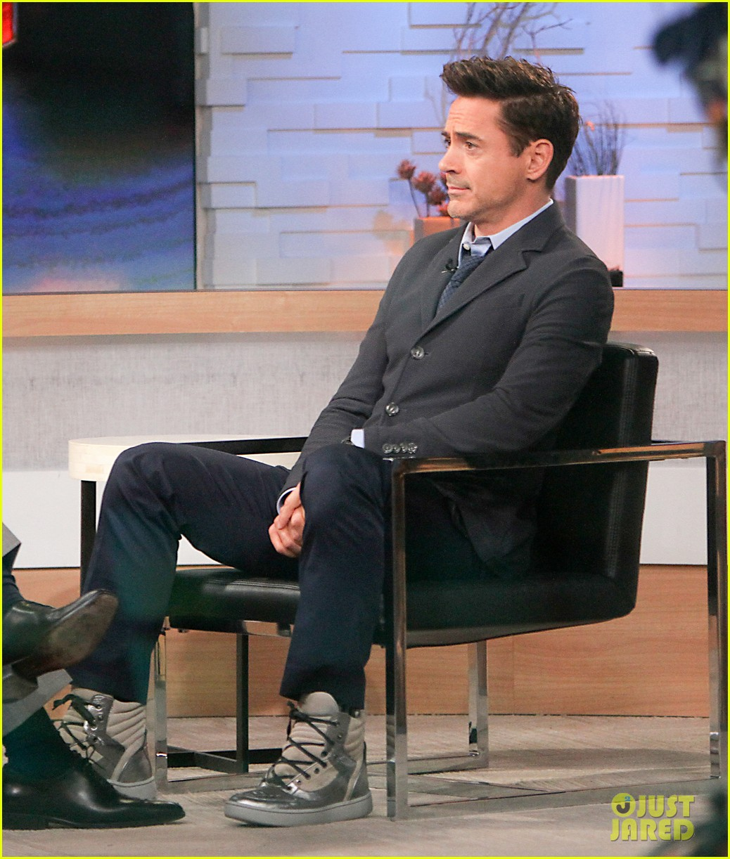 robert downey jr tobey maguire good morning america guys 05