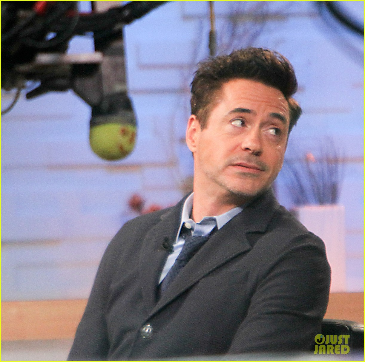 robert downey jr tobey maguire good morning america guys 082861262