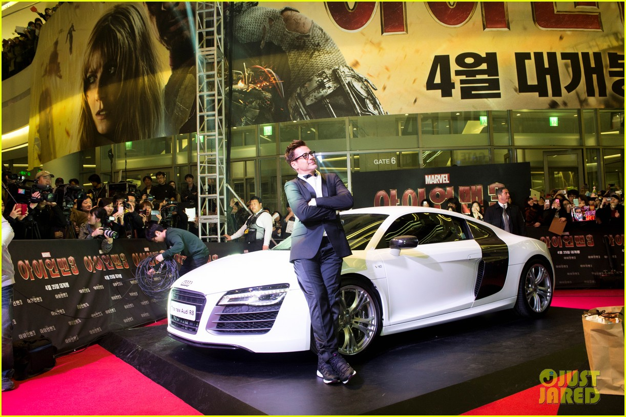 robert downey jr iron man 3 seoul premiere photo call 032843404