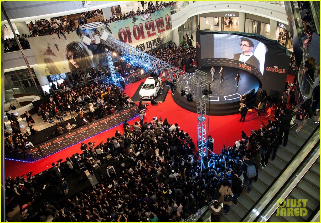 robert downey jr iron man 3 seoul premiere photo call 142843415