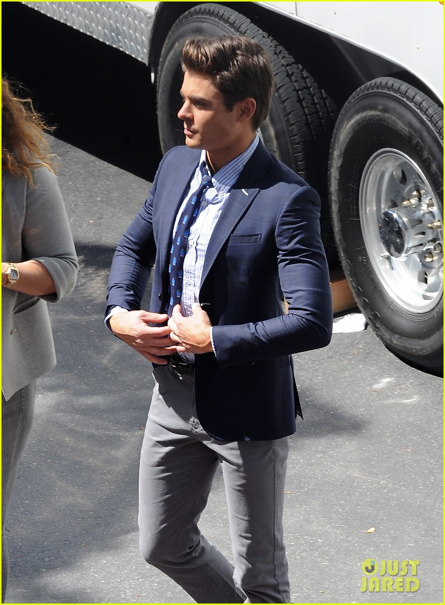 zac efron suit flip flops on townies set 02