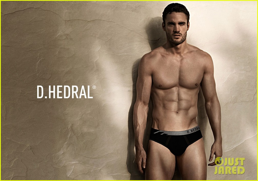 thom evans new d hedral underwear campaign photos 042855753