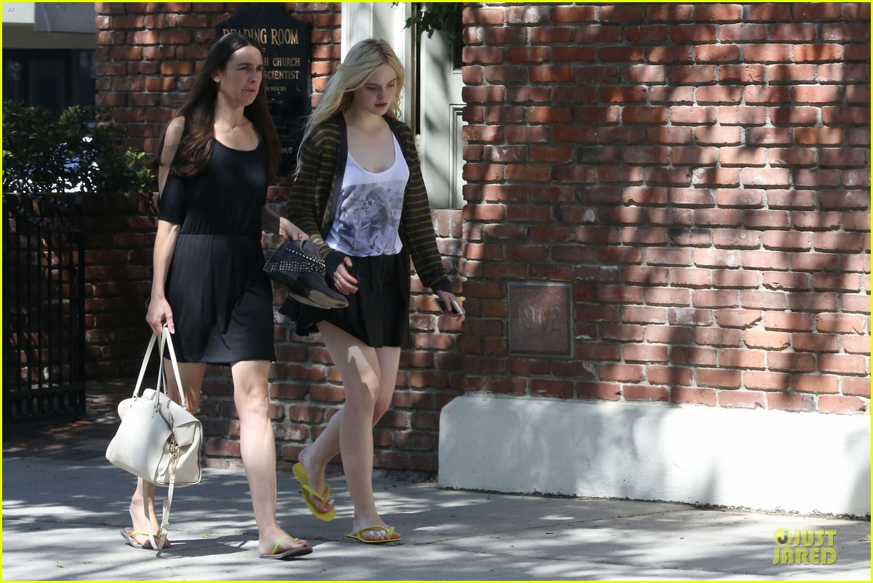 dakota elle fanning separate state outings 072859459