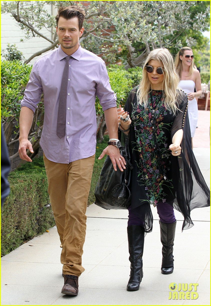 fergie josh duhamel easter sunday church goers 012841097