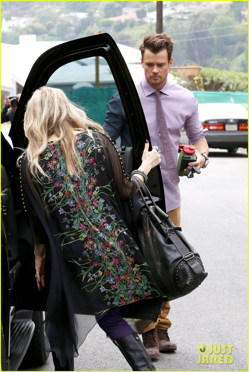 fergie josh duhamel easter sunday church goers 29