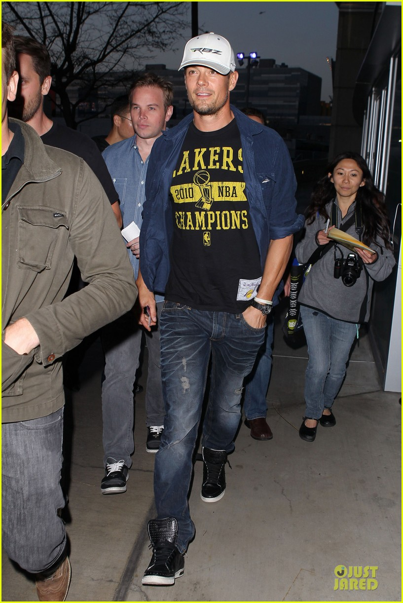 fergie josh duhamel separate outings in la 21