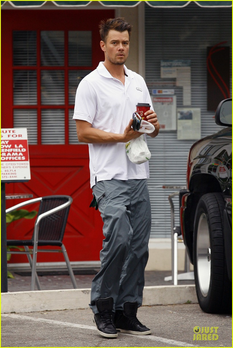 fergie josh duhamel separate outings in la 232849775
