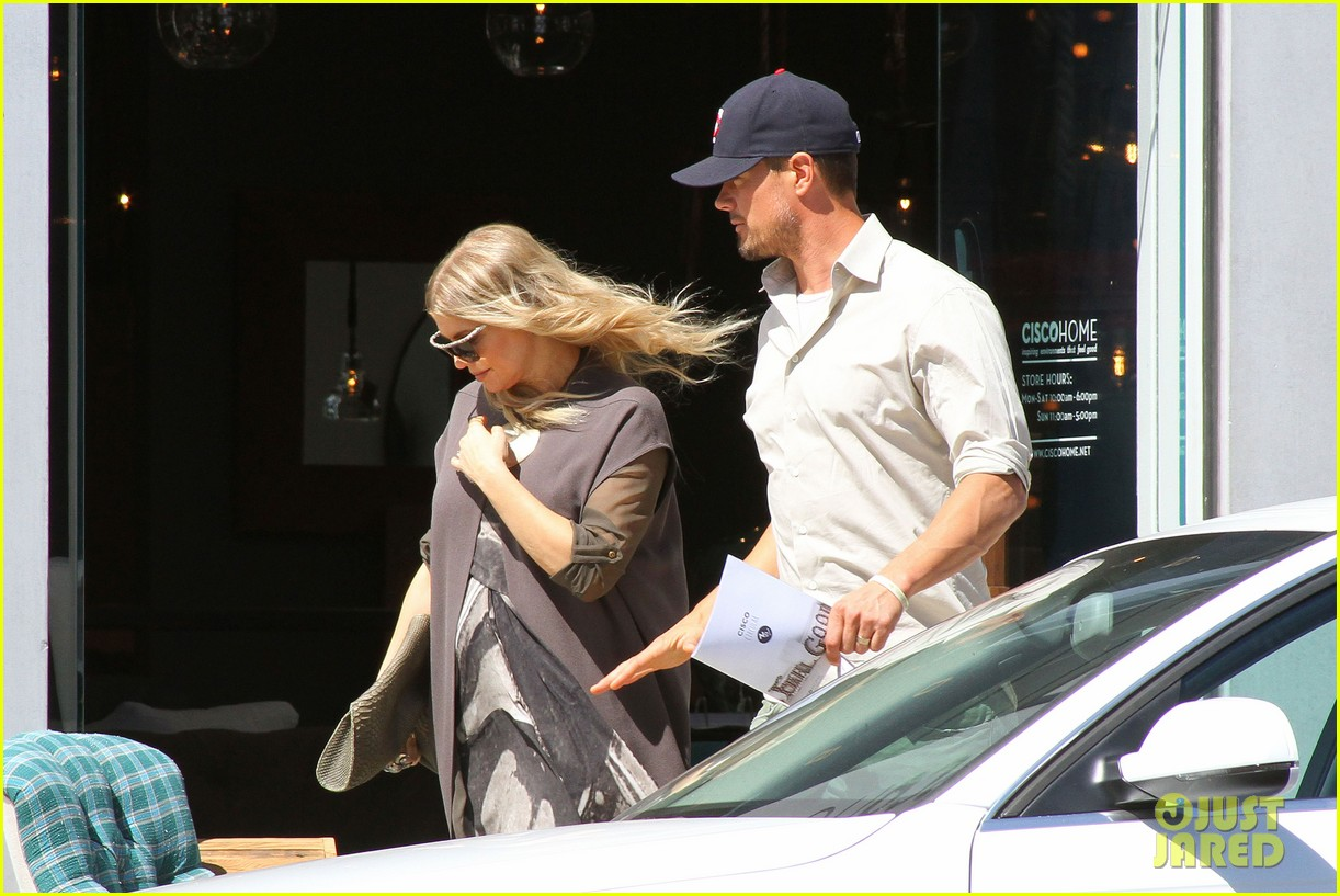 fergie josh duhamel sings to my baby bump 122852018