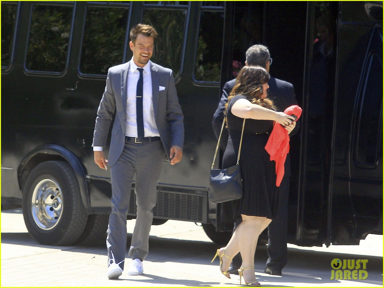 pregnant fergie sisters wedding with josh duhamel 072860118
