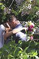 pregnant fergie sisters wedding with josh duhamel 12