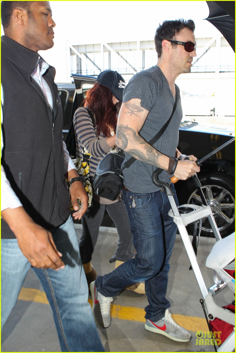 megan fox brian austin green lax departure with noah 012856045