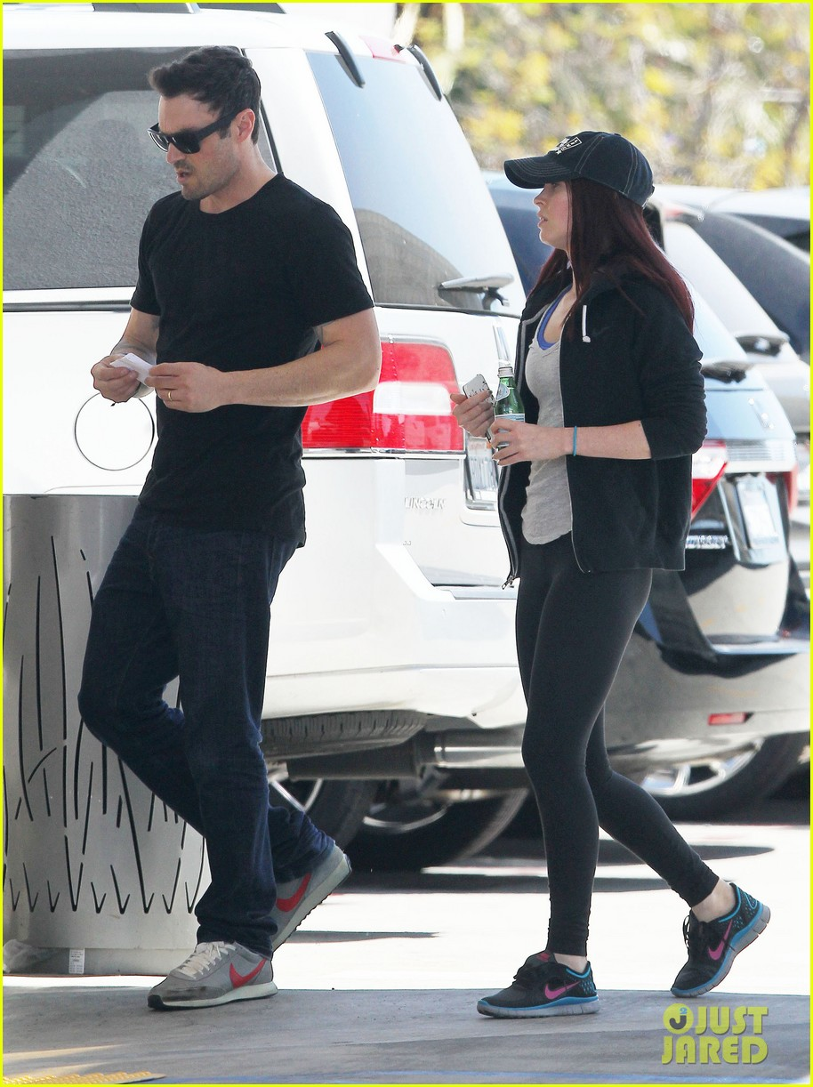 megan fox brian austin green sunday lunch lovebirds 132855259